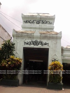gerbang selatan Masjid Sunan Ampel, Surabaya
