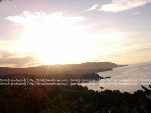 sunrise antara pantai Gerangan dan pantai Brumbun, Tulung Agung