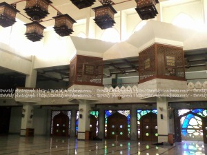 interior lantai dua Masjid Agung Gresik