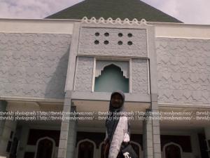 tampak samping Masjid Agung Gresik