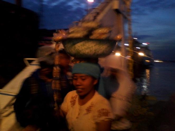 penjual jajanan dari Madura