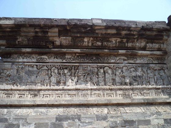 Relief bagian timur Candi Tegowangi