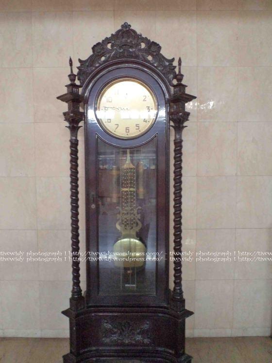 Clock of Ulul Albab Mosque, IAIN Sunan Ampel Surabaya