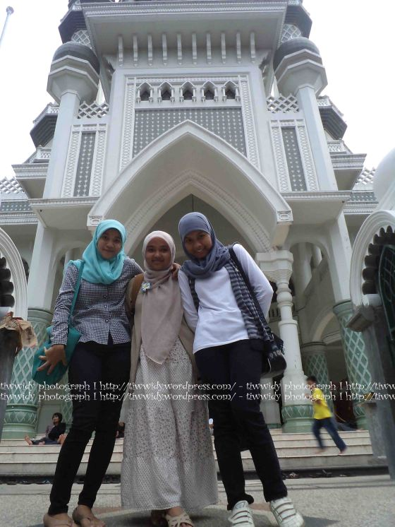 and yes, here we are!! Masjid Jami' Malang