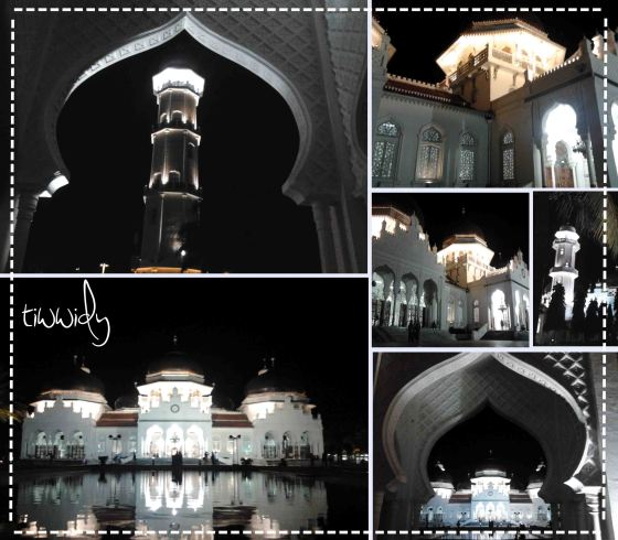 Masjid Baiturrahman night view