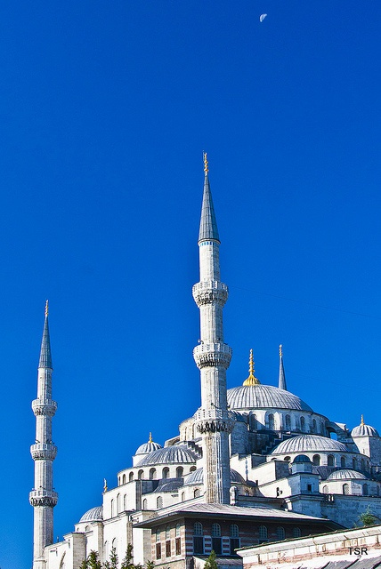 Blue Mosque, Istanbul, Turkey (Pinterest)