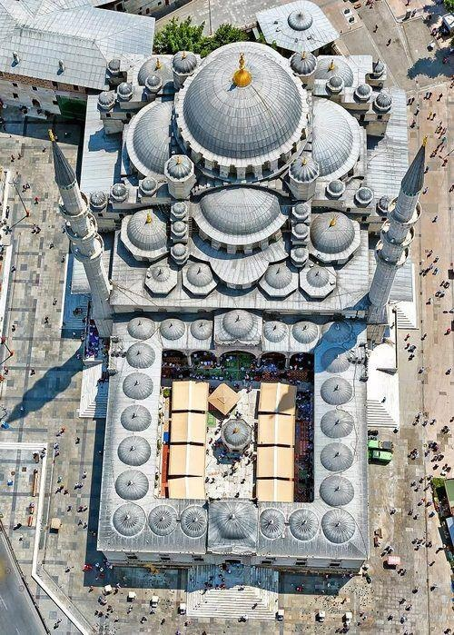 Sultan Ahmed Mosque, Istanbul (Pinterest)