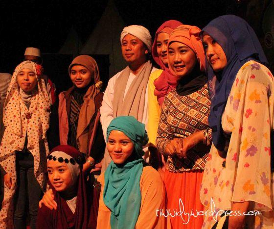 Hijab Community Kediri bersama Opick