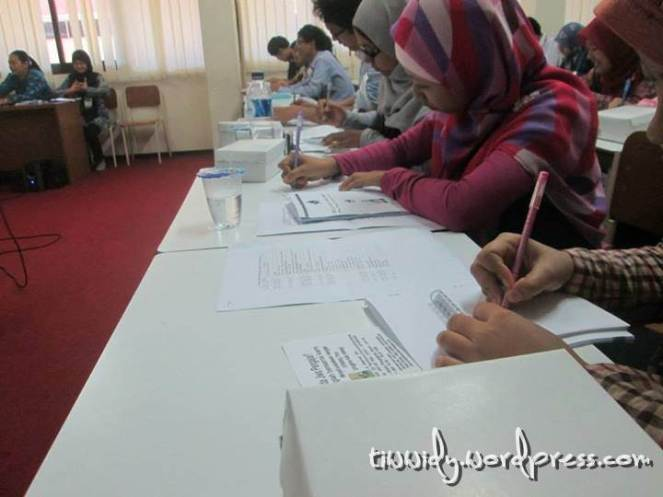 Suasana Materi Global Overview : Education to Employment